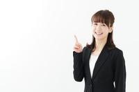 ファーストリテイリングで派遣社員になるには?口コミ・年収・時給・職種を詳しく紹介の画像